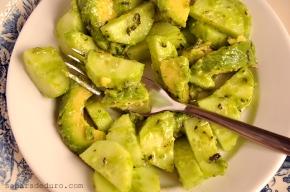 Amanida verda (de cogombre ialvocat)
